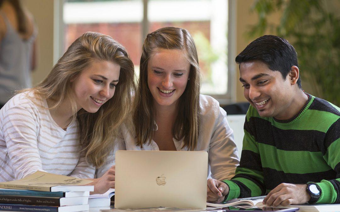 Why student choose IELTS ?